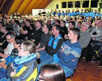 Grosses Interesse an Clubhaus-Info