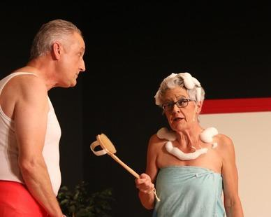 """Theatergruppe Rhybrugg: """"Alles in Butter"""""""