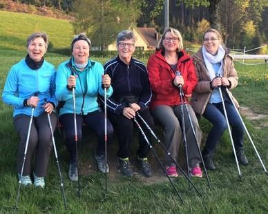 Donnerstags ist beim Skiclub Nordic Walking